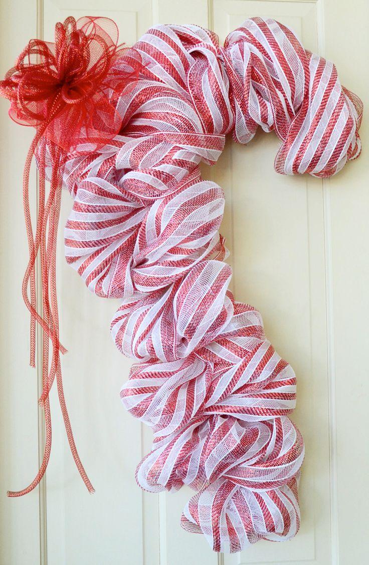 Candy cane wreathWreaths Tutorials, Candies Canes Wreaths, Canes Doors, Doors Decor, Candy Canes, Christmas Decor, Mardi Gras, Popular Pin, Deco Mesh