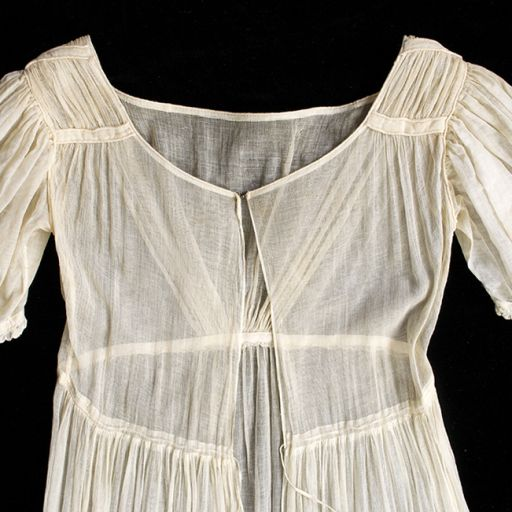 sheer cotton Regency dress - English, 1815-1820