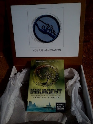 Win an ARC of Insurgent!  Go Team Abnegation!!