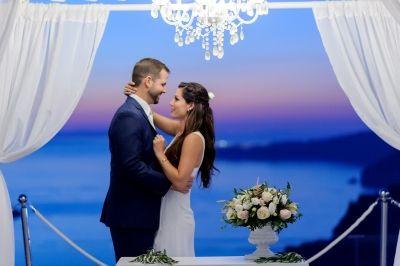 Dreamy Wedding at Santorini Gem by Phosart Photography & Cinematography