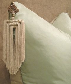 Sabina-Fay-Braxton_TRIDENT_silk_cushion_in_Duck_Egg_and_Oyster_Pompadour_taffeta_and_ivory_tassel_close_up