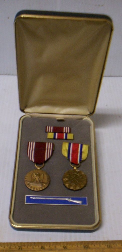 US Army Good Conduct Medal & Army Reserve Achievement Medal in Presentation Case