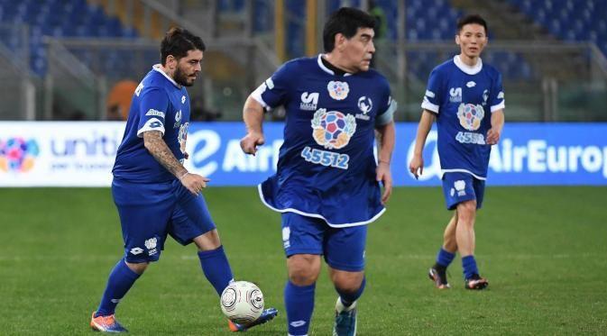 Legenda tim nasional Argentina, Diego Maradona, mengakui lebih suka pada style permainan Neymar dibanding dengan Lionel Messi serta Cristiano Ronaldo.