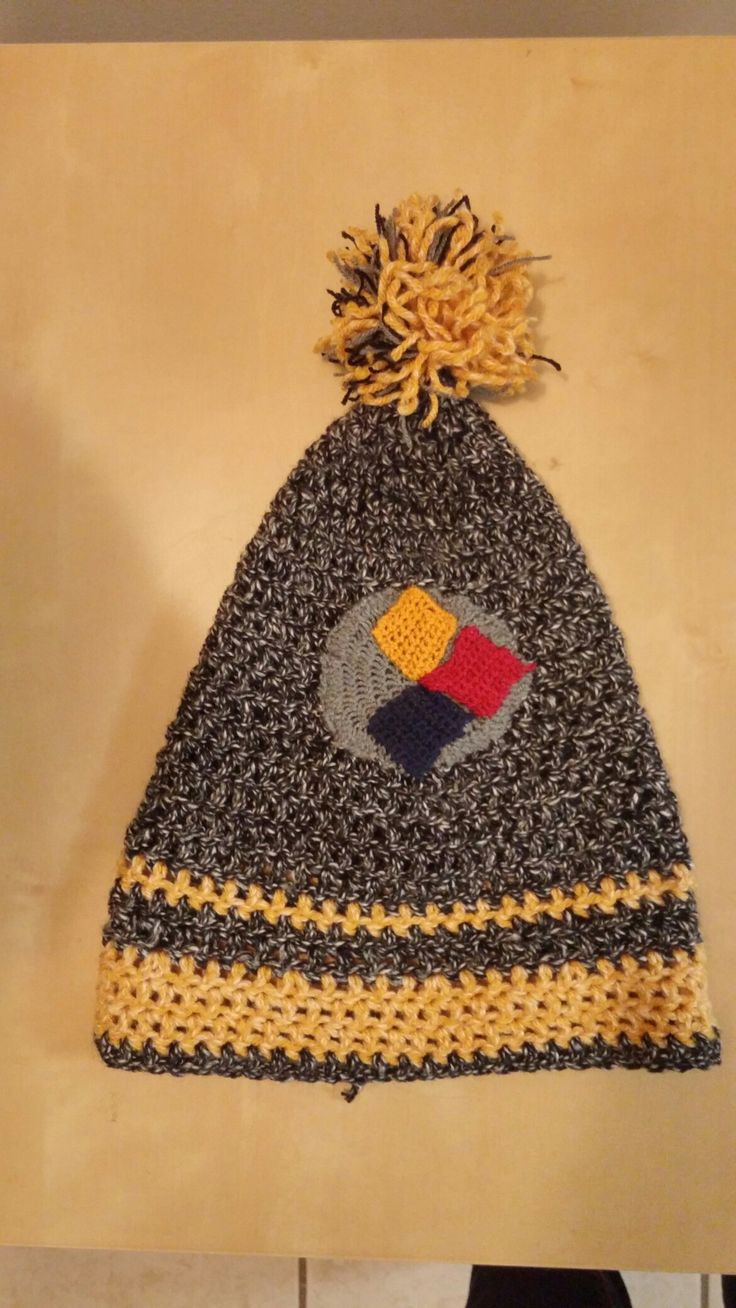 I crocheted this Steelers toque for my daddy last christmas