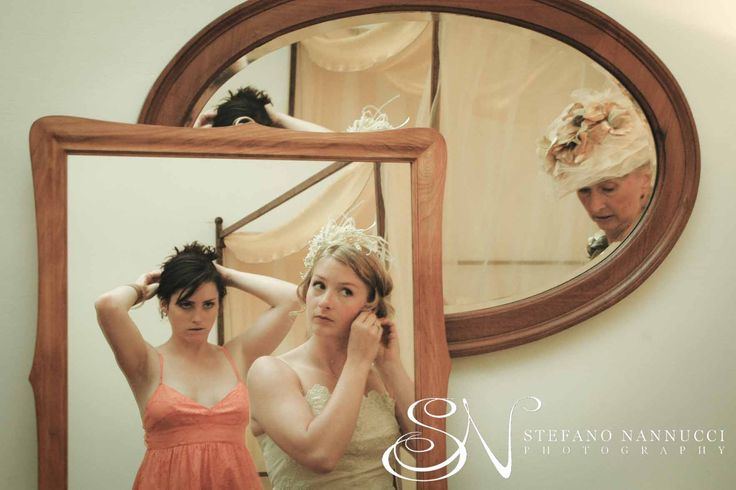 Bride's preparation #weddinginitaly #weddingintuscany #weddingphotographer #stylemepretty