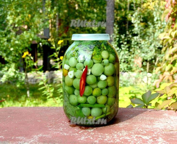 Pickled green tomatoes for the winter [Russia]