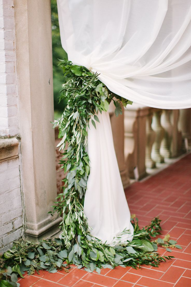 leaf garland: Black Ties Wedding Decor, Draperi Ideas Parties, Draping Tent Wedding, Wedding Ideas, Wedding Chuppah Flower, Leaf Garlands, Black Ties Wedding Receptions, Green Wedding, Curtains Black White Flower