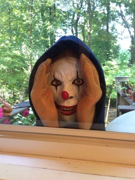 Peeping Tom Evil Clown Halloween Prop Horror Stalker