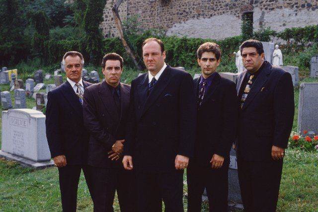 Still of James Gandolfini, Steven Van Zandt, Michael Imperioli and Tony Sirico in Los Soprano