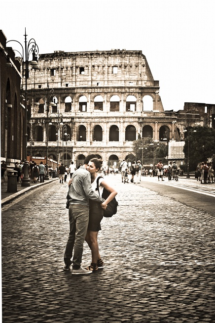 if you love rome , rome will love you