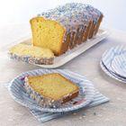 Geboorte cake. Nodig: Cake mix + ingrediënten, Muisjes blauw/wit of roze/wit, Glazuur of witte chocola.  Werkwijze: Bereid en bak de cake volgends de verpakking. Laat de cake afkoelen. Verwarm/smelt de glazuur/chocola en giet dit over de cake.  Gooi het pakje muisjes op een bord, en rol hier de cake door, zodat de muisjes aan het glazuur/chocola plakt. laat het glazuur/chocola hard worden en snij de cake in plakjes. Ideaal om te trakteren op het werk, school  enz.