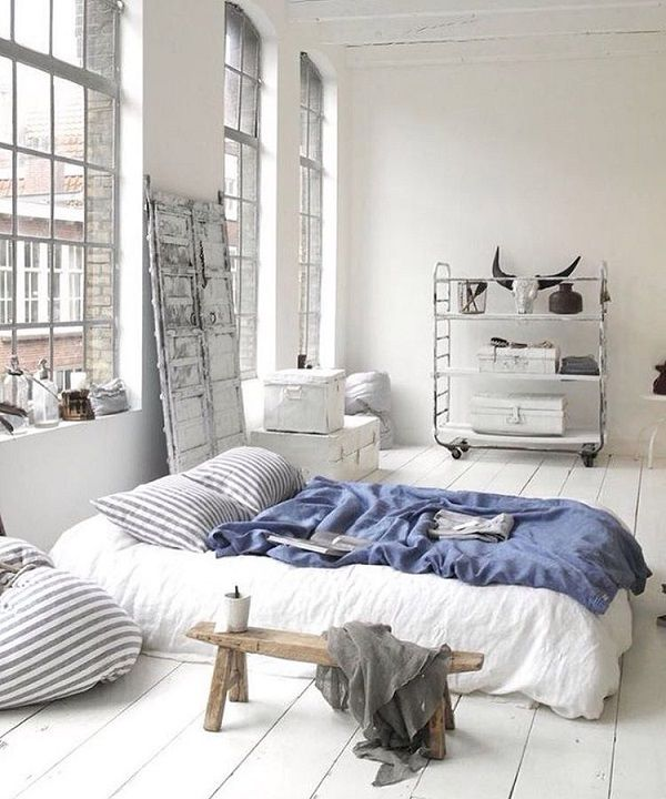 Large windows and plenty of natural light. That is also something very important to Scandinavians. In Scandinavia day knows to last only four hours, and twenty hours is night, so that is the reason why they so much appreciate daylight.