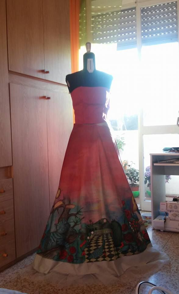 Alice in wonderland painted dress