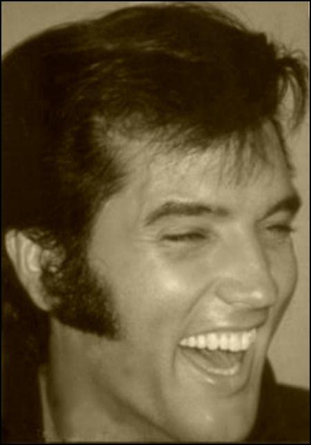 Elvis ♥ Love his laugh!!