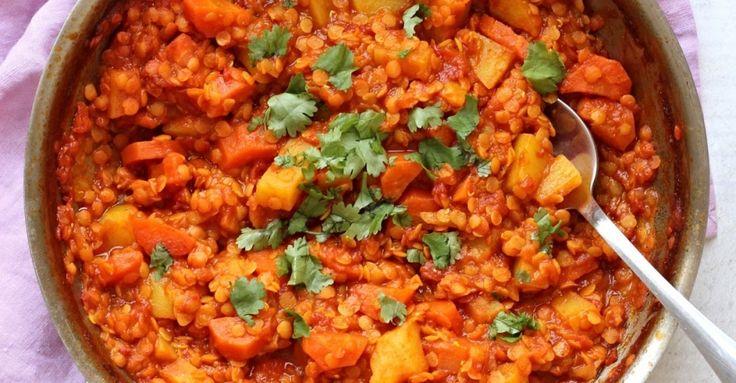Recept na Kari z červené čočky z kategorie snadno a rychle, fitness, pro začátečníky, vegetariánské, veganské, bezlepkové:   2 velké brambory,  2 vě...