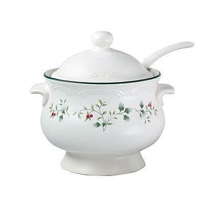 Pfaltzgraff Winterberry Soup Tureen Set And I Have One