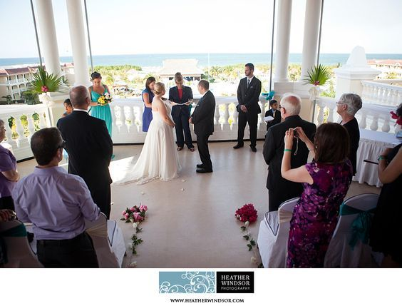 Iberostar Laguna Azul Wedding, Varadero Cuba | Michelle + Mike » Heather Windsor Photography: Toronto and Destination Wedding and Portrait Photographer