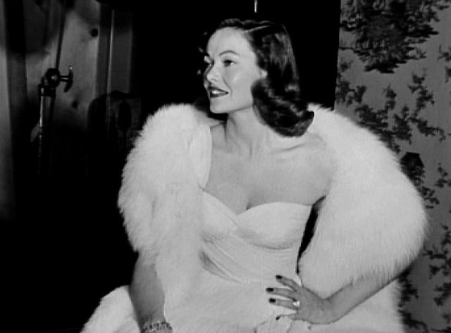 Gene Tierney , movie actress, 1940s    One of the most beautiful ladies of Hollywod. What magic touch did Aly Khan have to allow him to marry one Hollywood Love goddess (Rita Hayworth) and after she dumped him he has an affair with (& almost marries) Gene Tierney!!!! It must be something in the kuma sutra I used to have the book headaches and more!<3