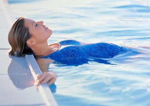 Tips for How Swimming During Pregnancy