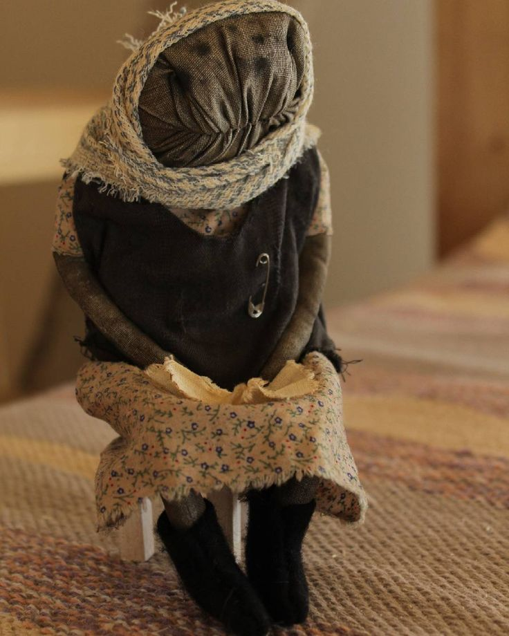 С вербным воскресеньем,  друзья!  Баба Тоня нашла дом  Doll adopted  #бабуля #бабушка #ностальгия #старушка #textileheartdoll #granny #grandmother