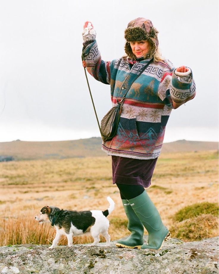 My silly mum and little Aggie.     #analog #filmisnotdead #shootfilm #film#35mmphotography#filmphotography#filmcamera #filmphoto#filmstagram#filmforever #filmcommunity#35mmers #35mmfilm #lovefilm#analogphotography #analogvibes#analogfilm #olympus #dartmoor #hail #instalike #wild #silly #devon #wellies #outdoors #liveauthentic