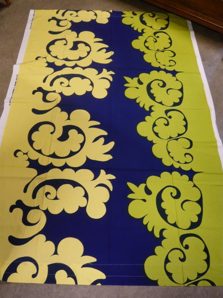 """Marimekko """"Samovaari"""" vintage fabric   (1972) designed by Finnish textile designer Maija Isola. via ebay"""