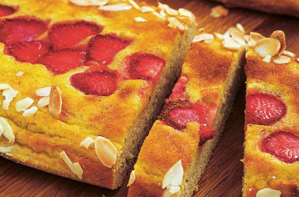 Low-sugar strawberry and vanilla cream loaf recipe - goodtoknow