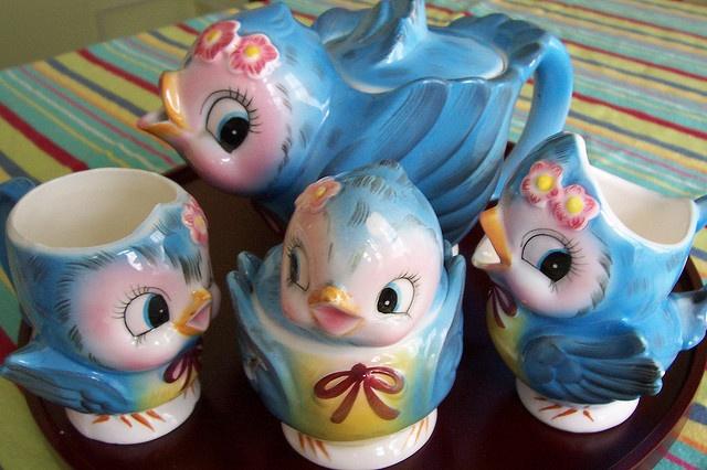 ❥ Lefton | mugs, sugar bowl, creamer~ the sweetest little antiquey birdlings!