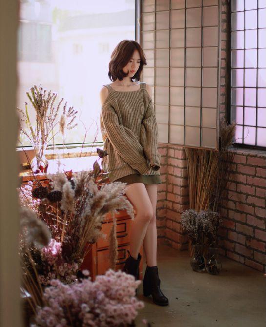 Korean Feminine Fashion