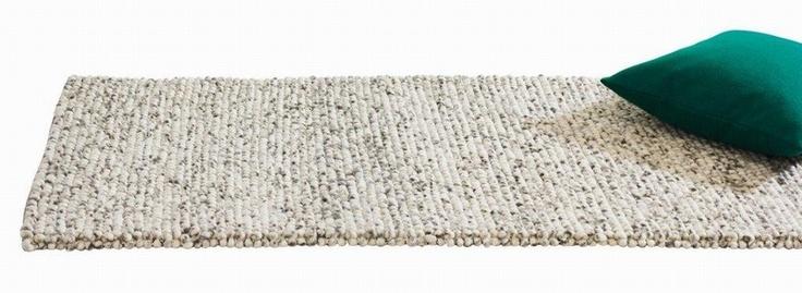 Peas tæppe fra HAY 80x200  1699,-