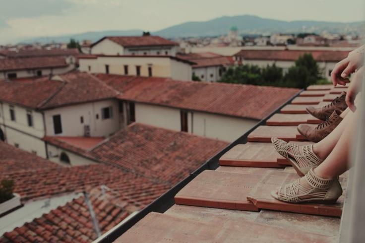 this makes me miss italia. from a billabong shoot on nirrimi firebrace's blog