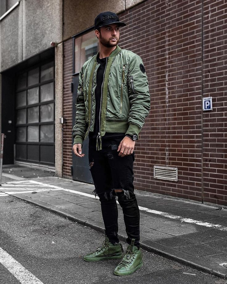 Dope or nope? Via @streetfitsgallery Follow @mensfashion_guide for more! By @tobilikee #mensfashion_guide #mensguides