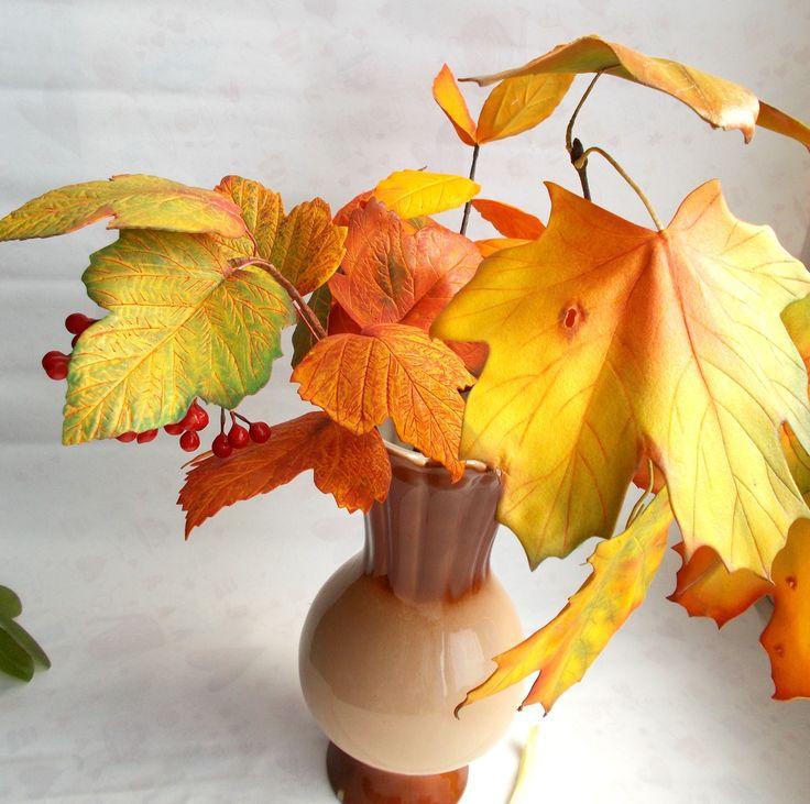 DIY листочки калины из фоамирана. Использован иранский фоамиран и акриловая краска
