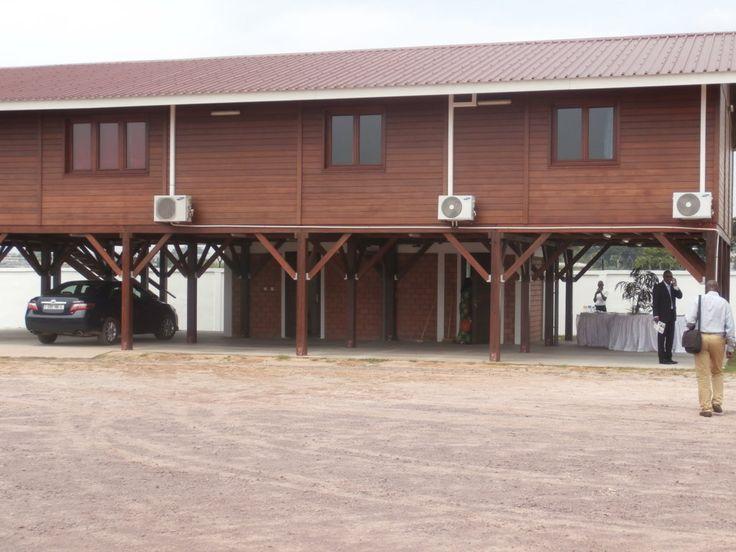 Filière bois : CIB Olam a présenté son modèle de maison en bois | adiac-congo.com : toute l'actualité du Bassin du Congo