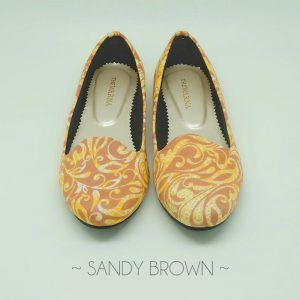 The Warna Shoes – Sandy Brown