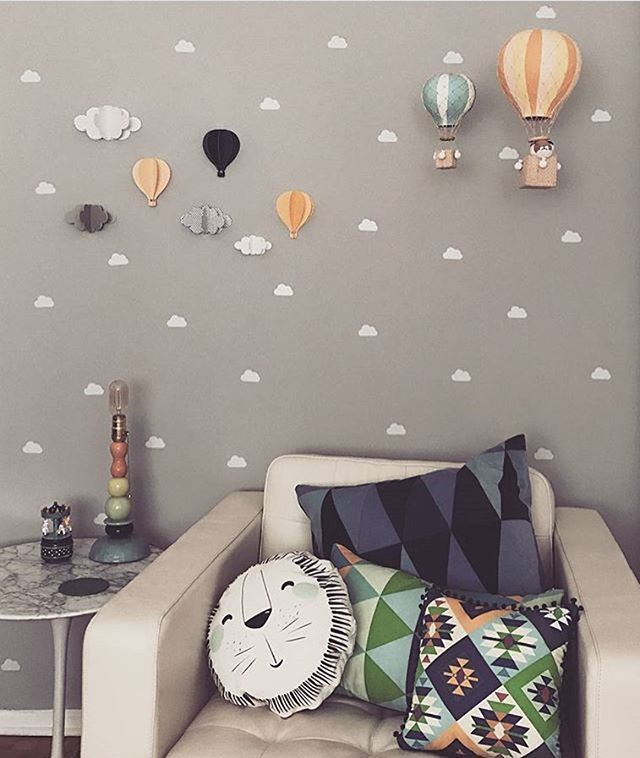 Lindo demais esse quartinho com nossos balões Kiko e Kikinho em cores personalizadas 😍. Lindo, diferente e moderno. Amamos ❤ #balão #decoraçãoinfantil #decoraçãocriativa #quartodebebê #temabalao #detalhes #ideiasfofas #ideiasdiferentes #ideiasdemamãe