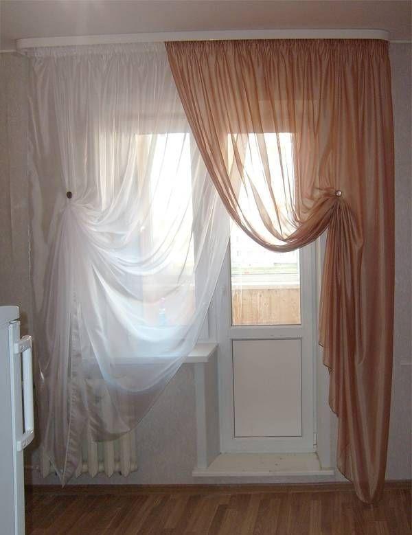 Ламбрекен на окно с балконной дверью фото