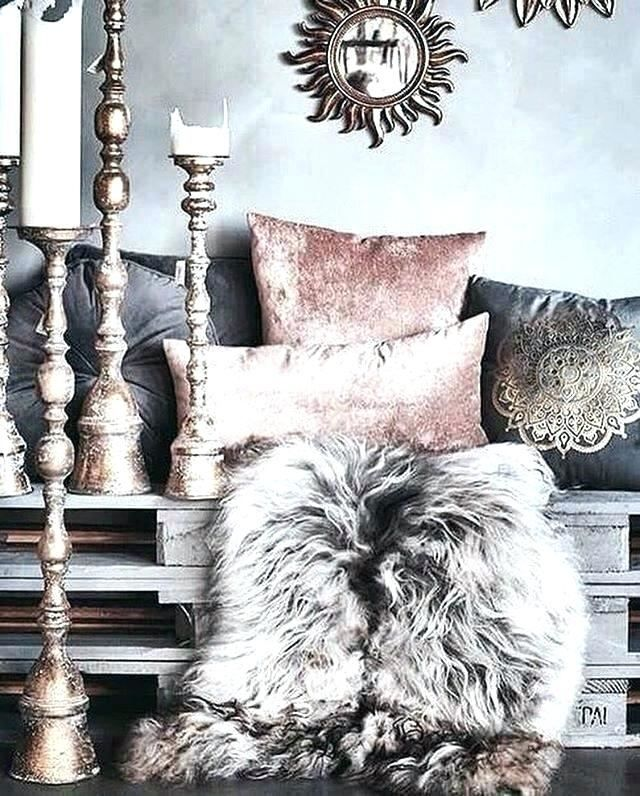 Blush Pink And Silver Bedroom Ideas In 2020 Silver Bedroom Pink And Silver Bedroom Room Decor Bedroom Rose Gold