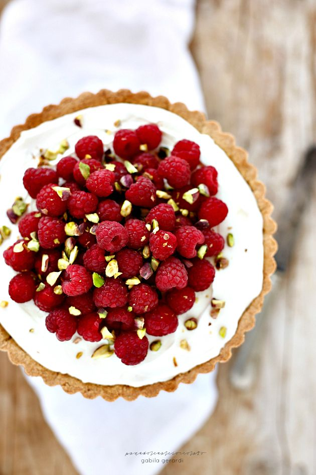 raspberry tart with mascarpone, condensed milk & ricotta cream