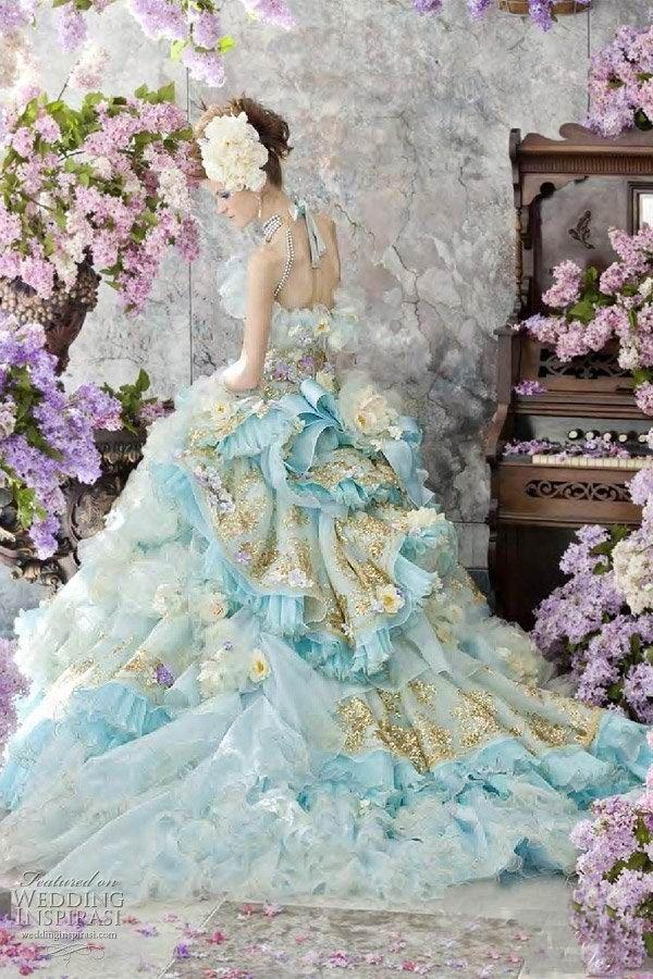 5_Stella de Libero Color Wedding Dresses. What a dress!