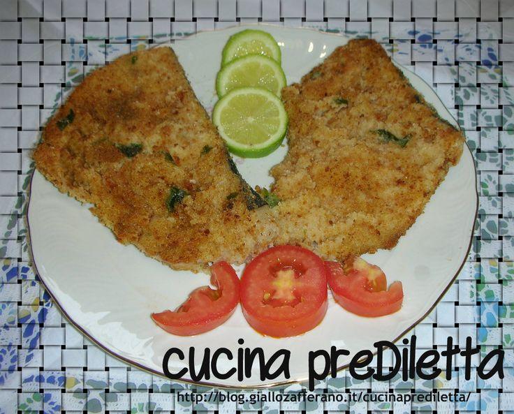 Oggi vi propongo una ricetta tipica siciliana,semplice e gustosa:il pesce spada impanato,o panato.Cucinato così,il pesce spada,piace molto anche ai bambini.