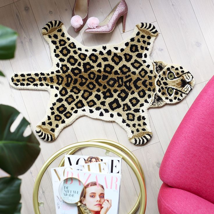 MY WILD SIDE - Maak je urban jungle thuis compleet met dit te gekke leopard vloerkleed, zo cool! By Doing Goods for ModeMusthaves.com.