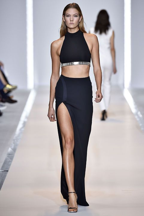 Karlie Kloss modeled this sultry Mugler crop top and maxiskirt on the runway