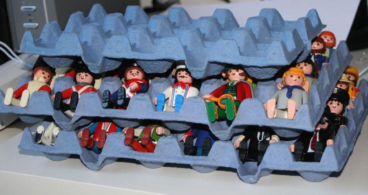 Ranger les personnages playmobile dans des boites d'oeuf                                                                                                                                                                                 Plus