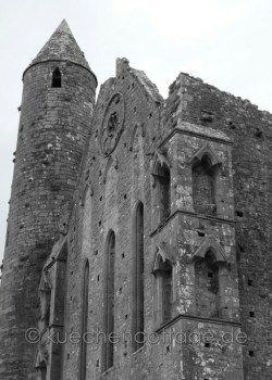 Rock of Cashel (County Tipperary) #rockofcashel #tipperary #irland #rundreise #reise #urlaub #fotografie #blog #gallery #foto #traumreise