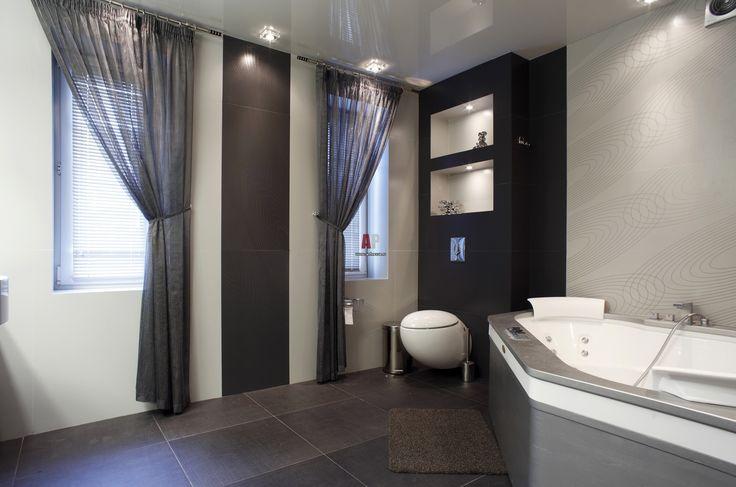 Фото интерьера ванной таунхуса в стиле минимализм