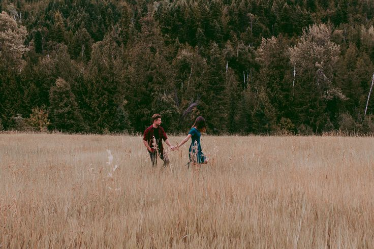 Ryan & Jordan's Mountain Lake Canoe Proposal!Epic and incredible wedding proposal engagement photoshoot http://tailoredfitphotography.com/engagement-photography/kelowna-engagement-photography/canoe-wedding-proposal/ #amazingproposalideas #amazingweddingproposal #canadianweddingphotographers #canoeengagement #canoeengagementphotography #canoeproposal #canoewedding #canoeweddingproposal...