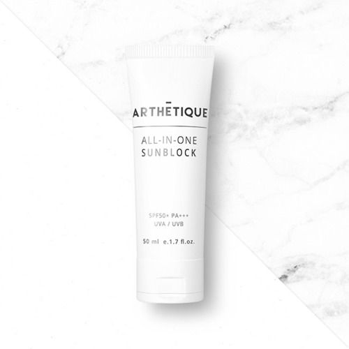 ARTHETIQUE All-in-one Sunblock is both a BB-cream and sunblock and provides triple effects (anti-wrinkle, whitening, sun protection SPF 50 PA+++). #allinonesunblock #sunblock #sunprotection #antiwrinkle #whitening #bbcream #arthetique #cosway #premium #skincare #cosmetics #homeesthetic #makeup #beauty #seoul #korea