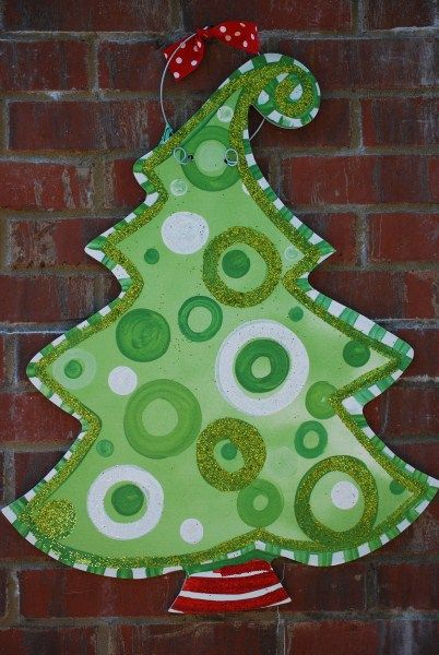 painted burlap door hangers | christmas tree door hanger these door hangers are made from a durable ...