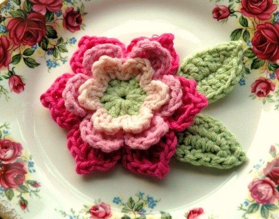 Crochet+Flower+in+Pink+and+Green+Bamboo+yarn+door+AnnieDesign,+$4.50